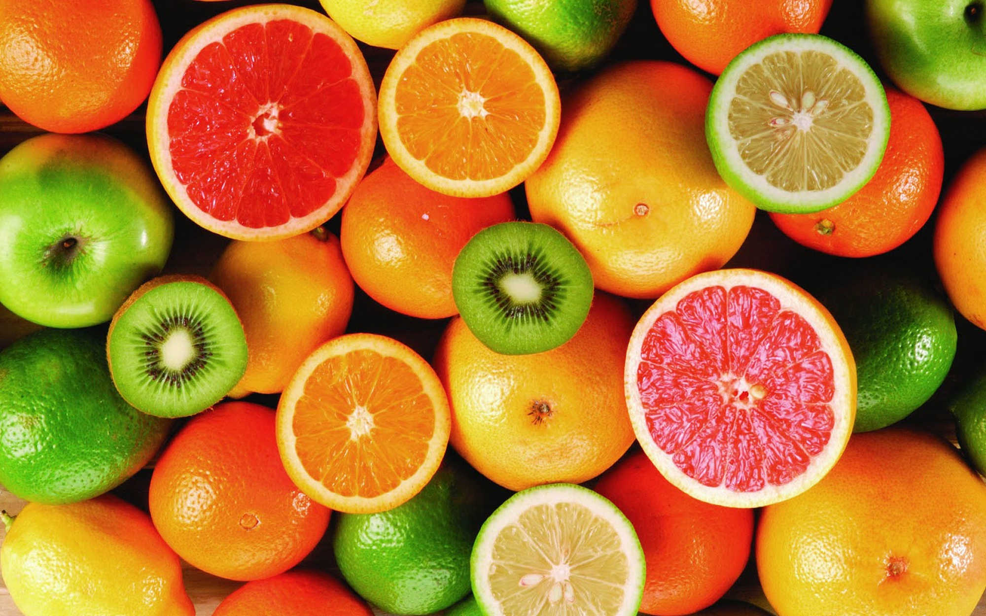 Vitamin C Helps Slow the Progression Of  the Leading Cause of Blindness